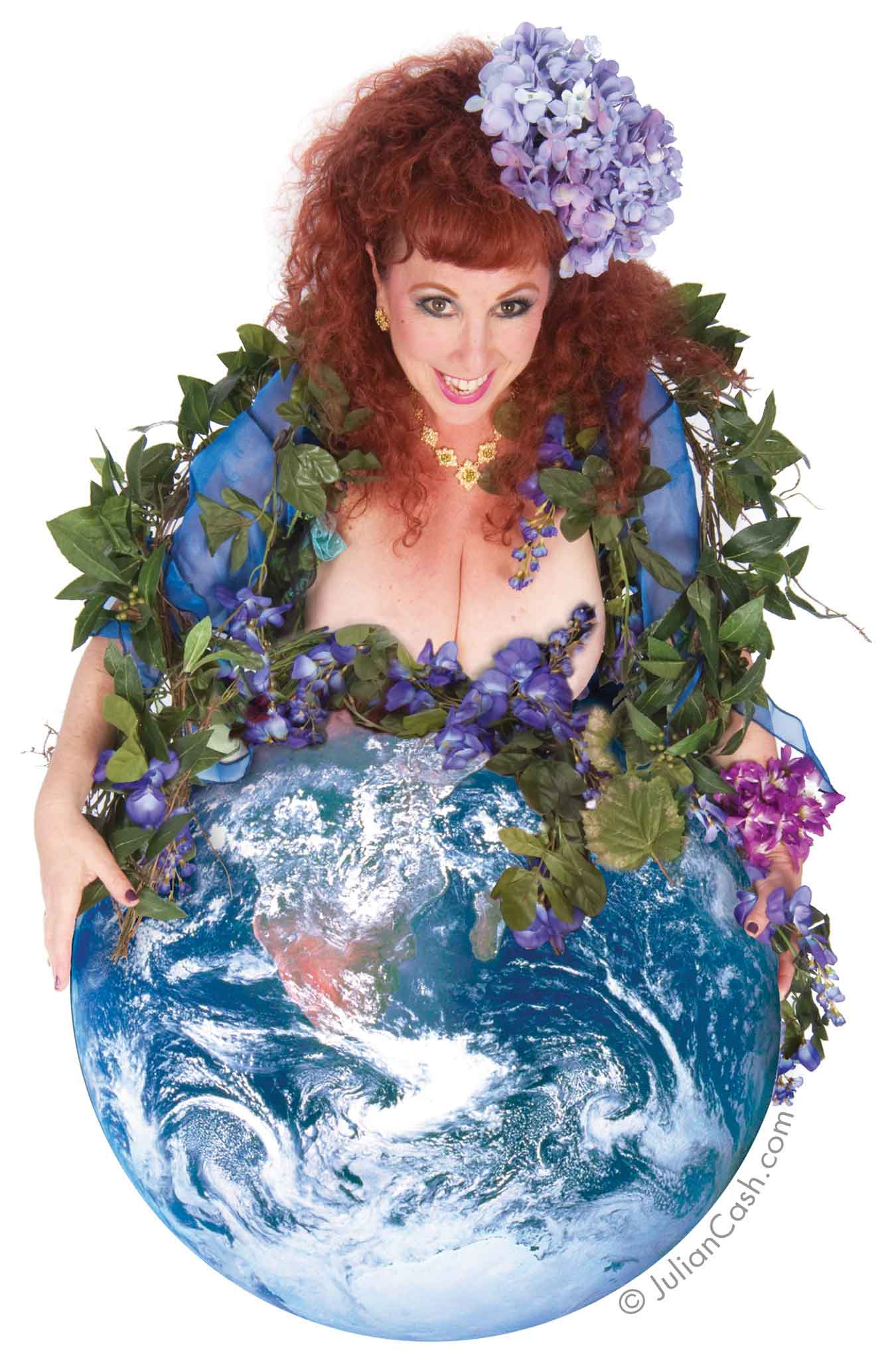 Annie Sprinkle, Earth Mother Modesty, photograph. Courtesy of the artist. Photo: Julian Cash.