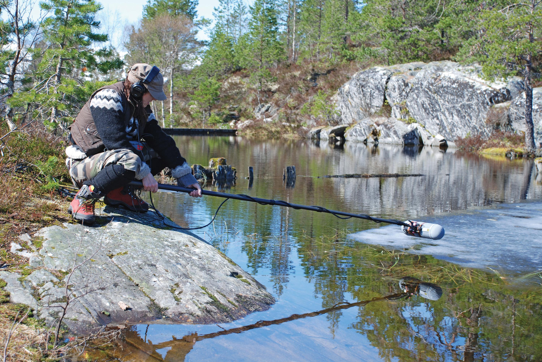 Jana Vinderen at Gloppen, Norway April 28th, 2007, recording for Lydgalleriets project Sleppet. Photo: Jørgen Larsson.