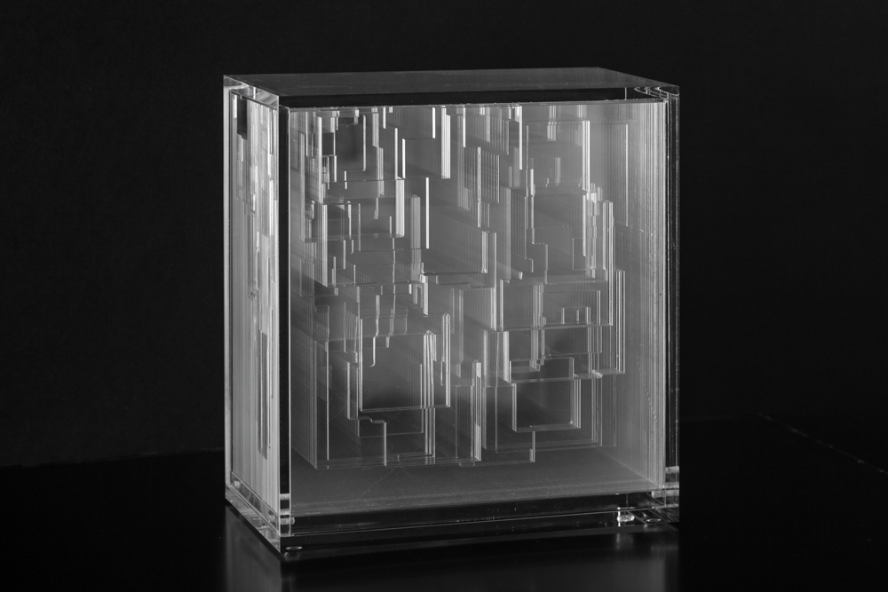 Miguel Chevalier, Archi-Pixels, 2014, sculpture in acrylic glass, 10.43 » x 5.55 » x 11.02 », unique artwork.